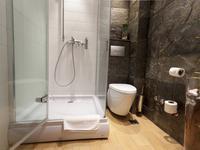 Projekt małej łazienki. Nowoczesny styl we wnętrzu